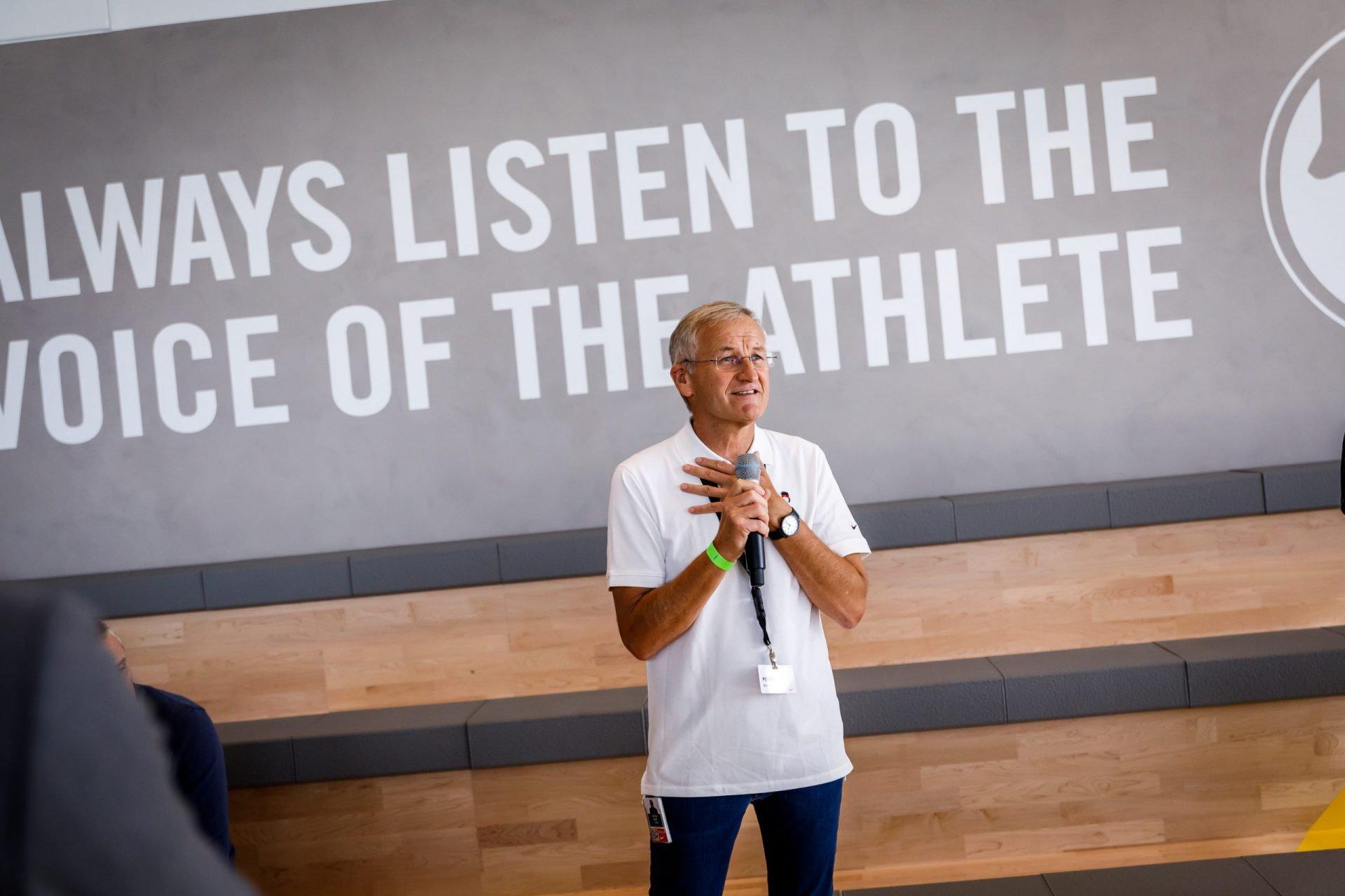 25 Yr Nike ELC & Court